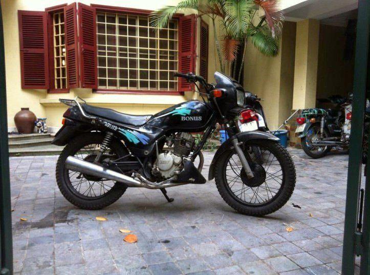 Memories of Hanoi, Vietnam Backpackers to Expats 2