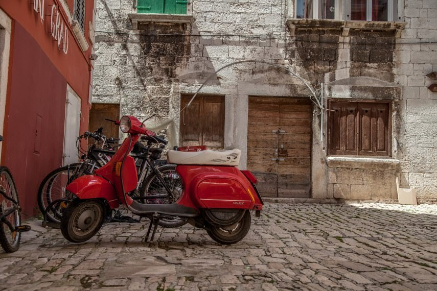 Share Istria - Rovinj - Two Monkeys Travell
