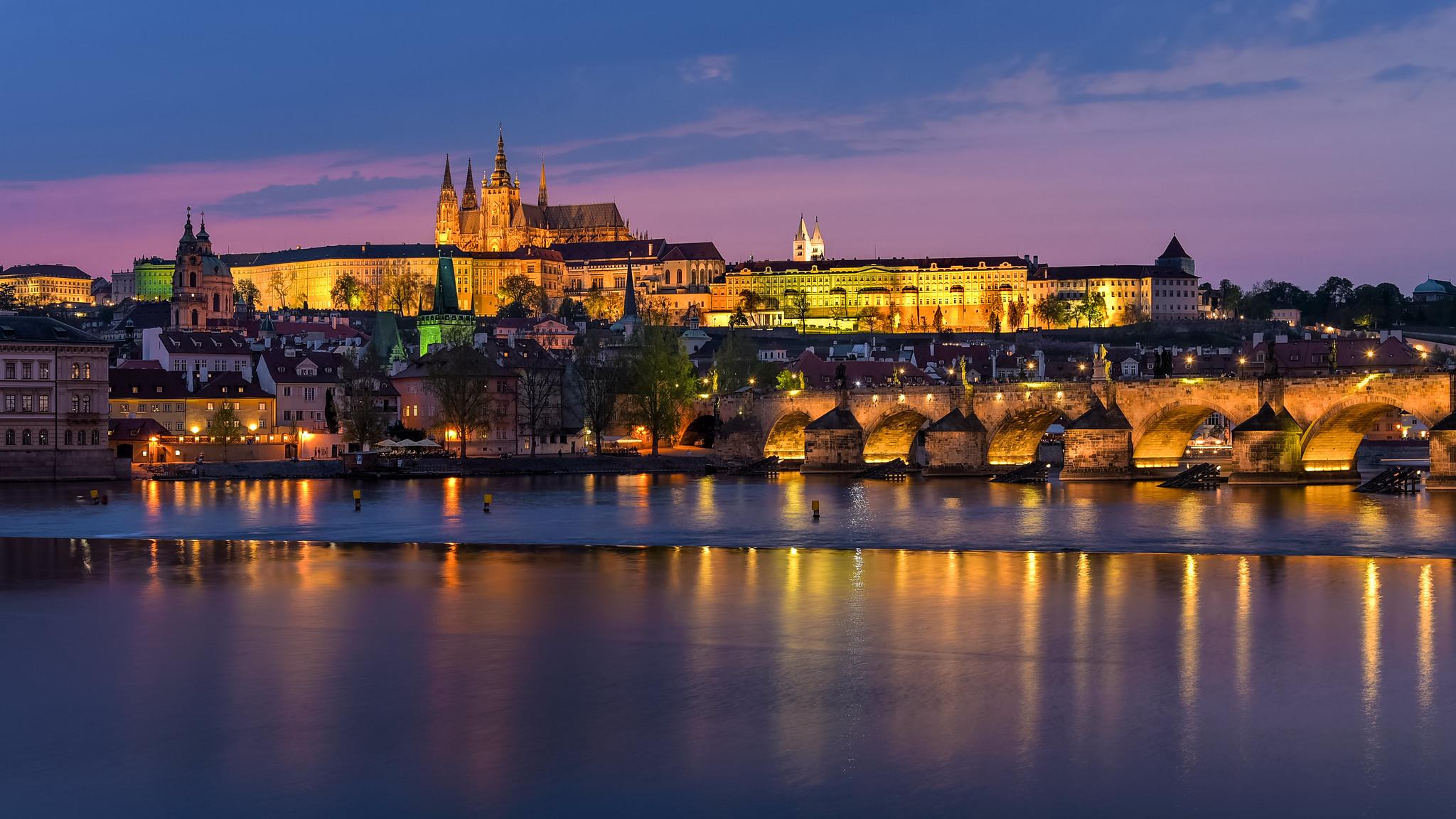 DIY Travel Guide to Prague, Czech Republic