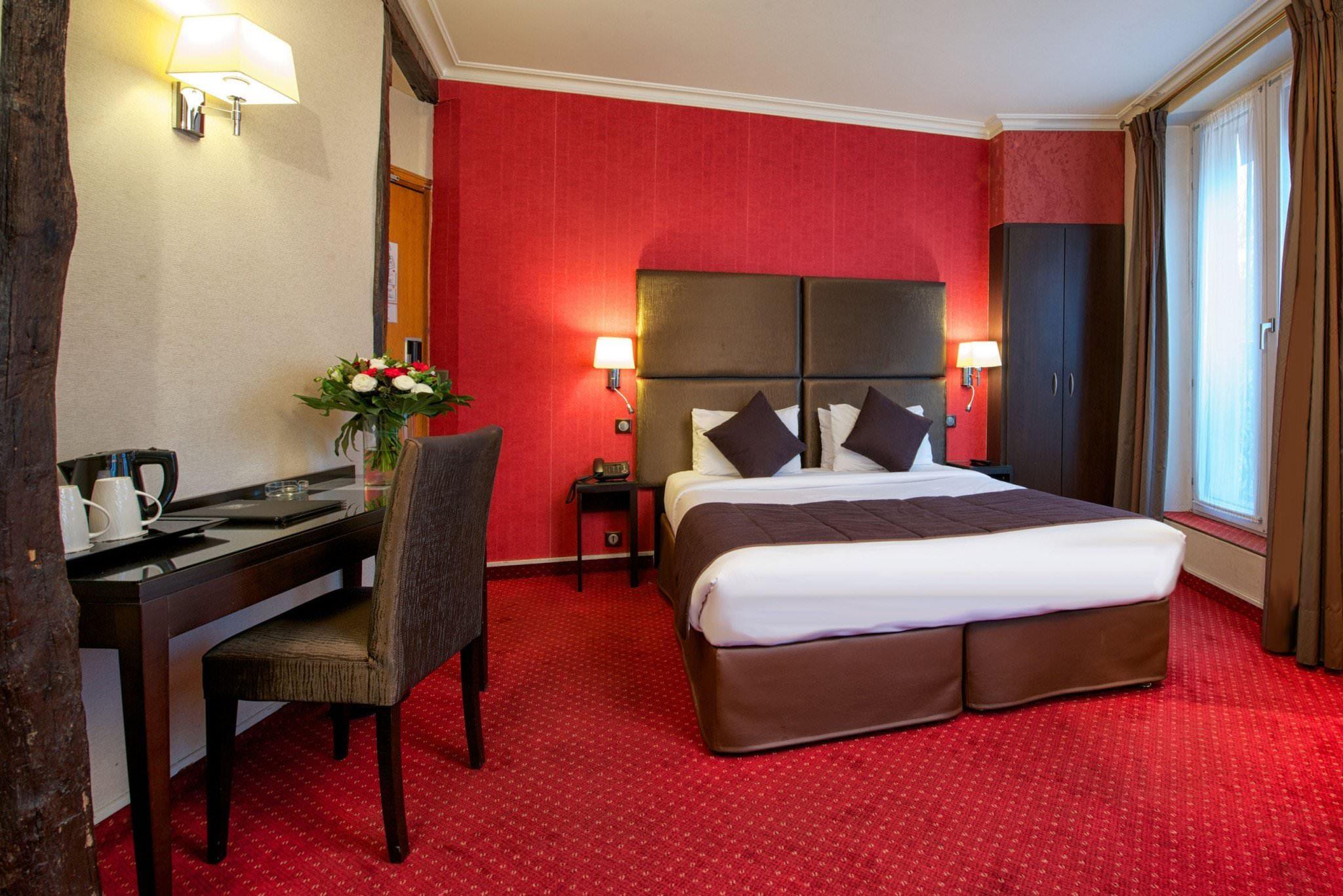 ultimate list of best midrange hotels in paris. Black Bedroom Furniture Sets. Home Design Ideas