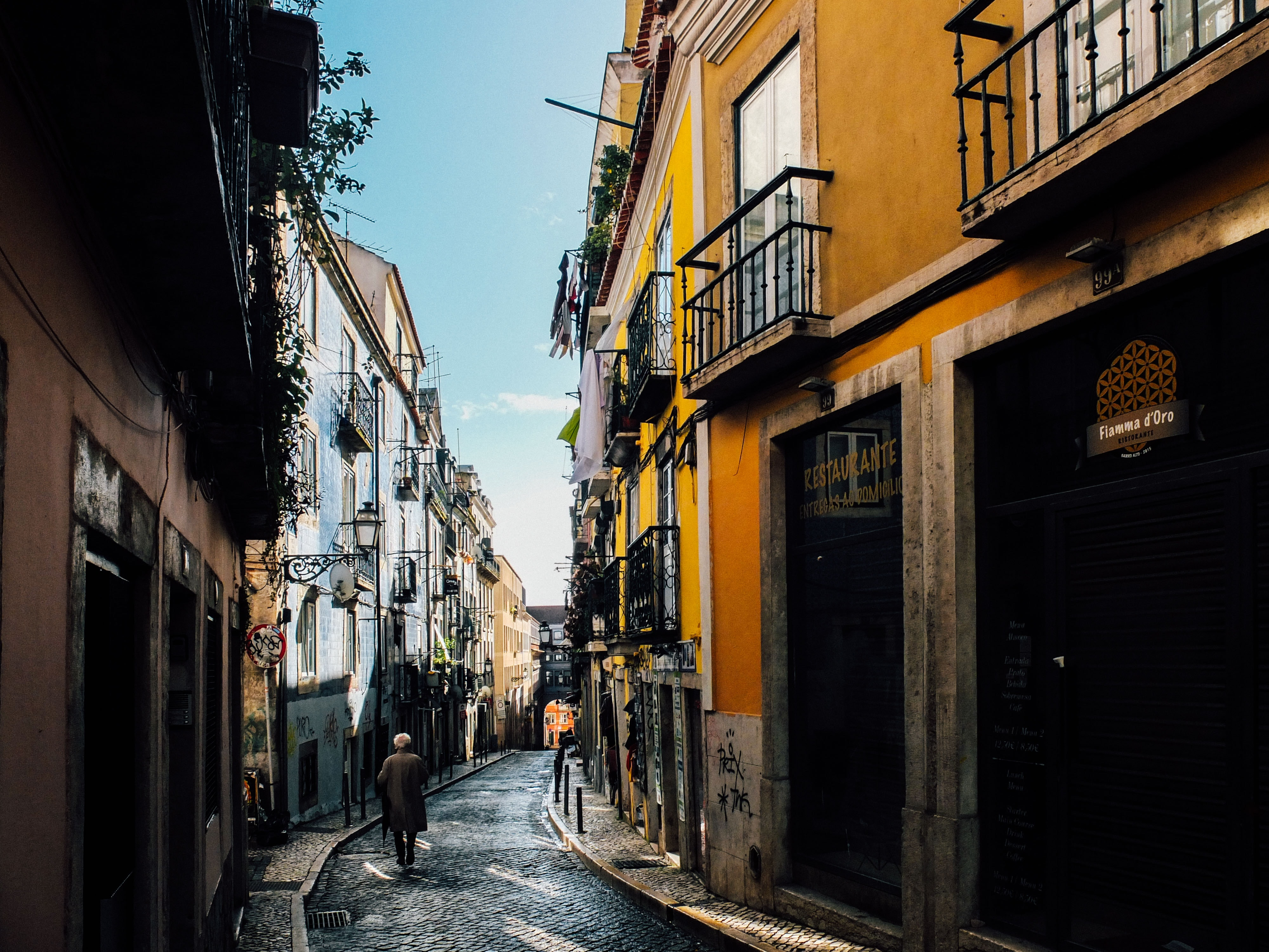 7 Awesome Things to do in Lisbon, Portugal