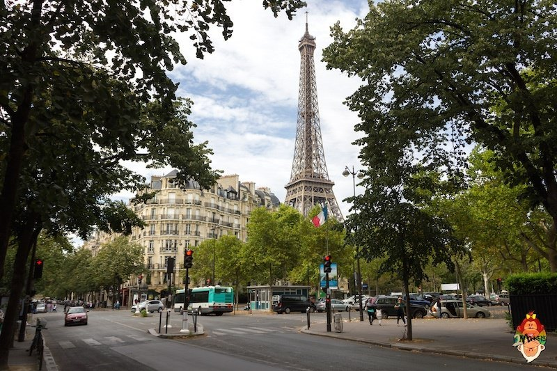 7 things to do in Paris, France - Visit the Eiffel Tower