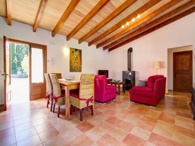 Two Monkeys Travel - luxury villa in mallorca 28