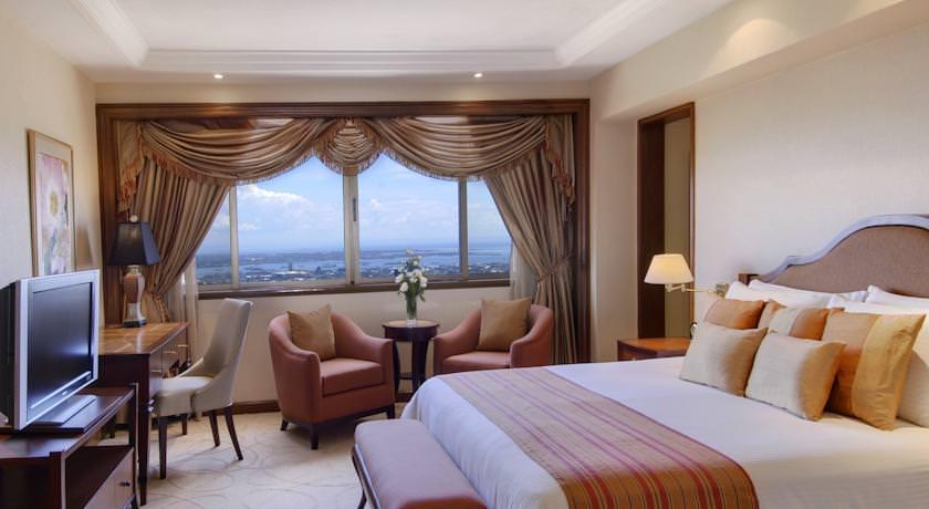 Ultimate List of the Best Luxury Hotels in Cebu 4