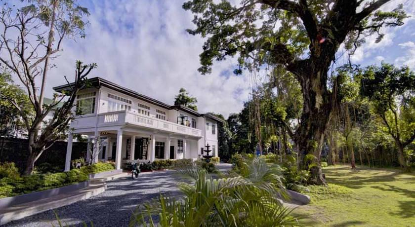 Ultimate List of the Best Luxury Hotels in Metro Manila 13