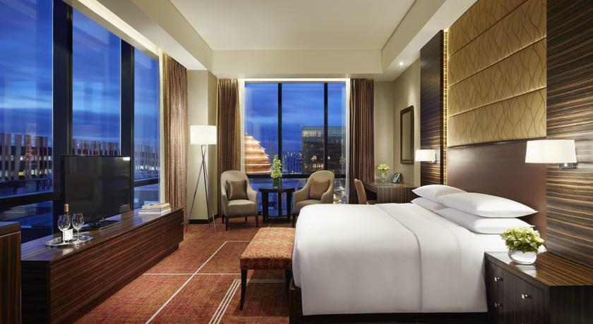 Ultimate List of the Best Luxury Hotels in Metro Manila 26