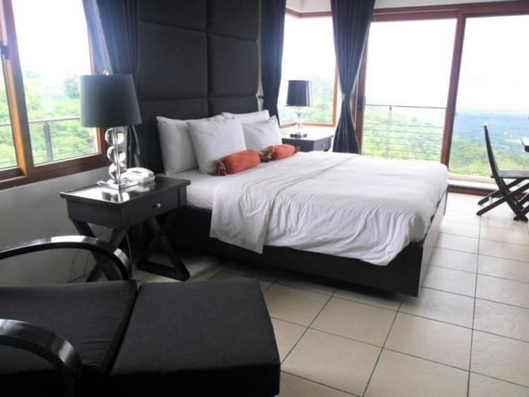 Ultimate List of the Best Luxury Hotels in Tagaytay 6