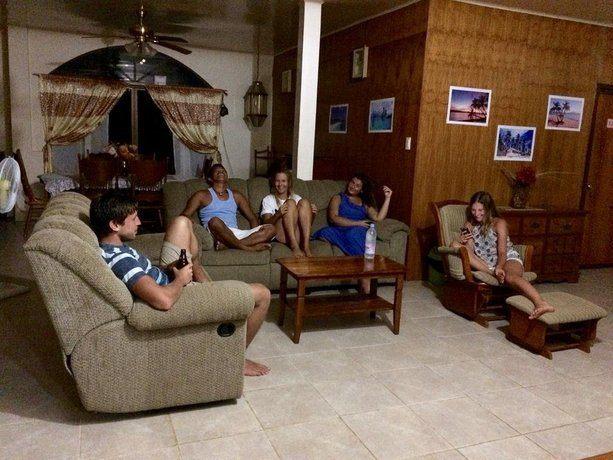 Fat Monkey Hostel - Best hostels in Palawan