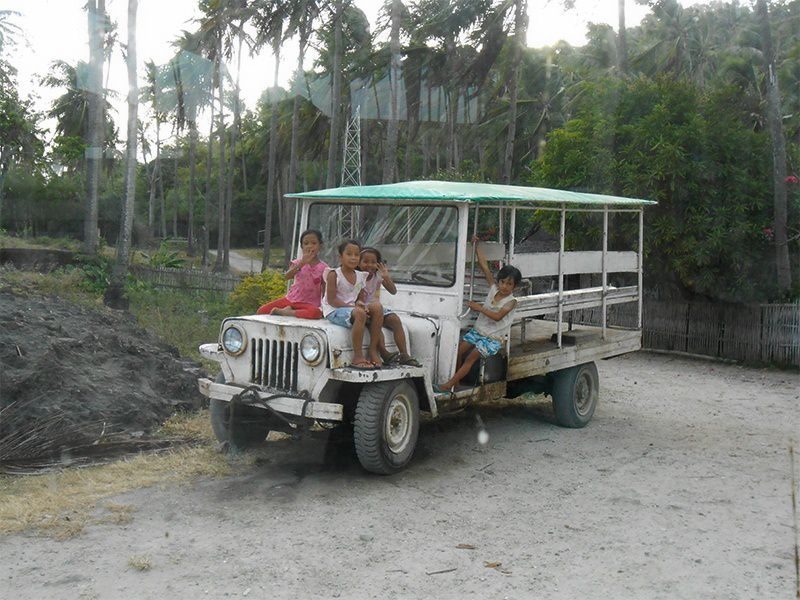 Awesome Things to Experience in Inampulugan Island near Guimaras