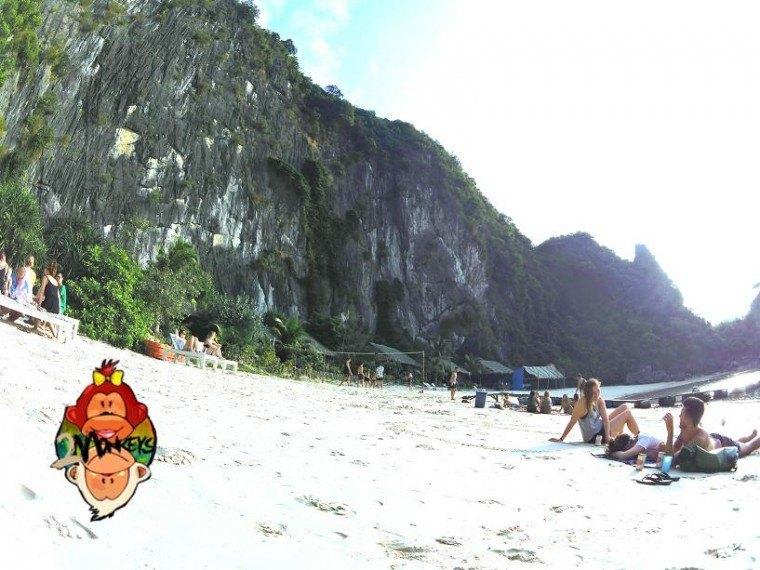 Ha Long Bay – Castaway Island Review 2