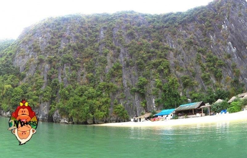 Ha Long Bay – Castaway Island Review 22