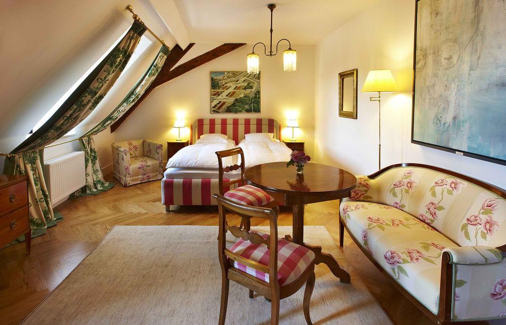 Ultimate List of Best Luxury Hotels in Austria 17-Schlossberg