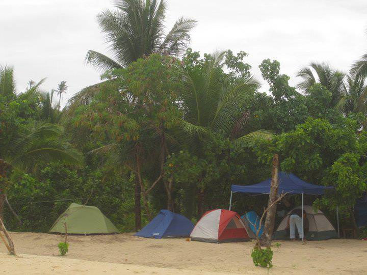 awesome things to do when stranded in an island calaguas 9