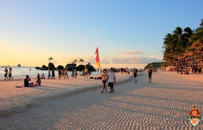 A First Timer's Guide to Boracay, Philippines 5