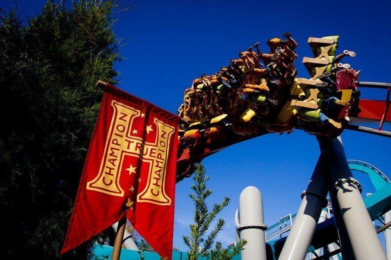 Two Monkeys Travel - Universal Studios Park