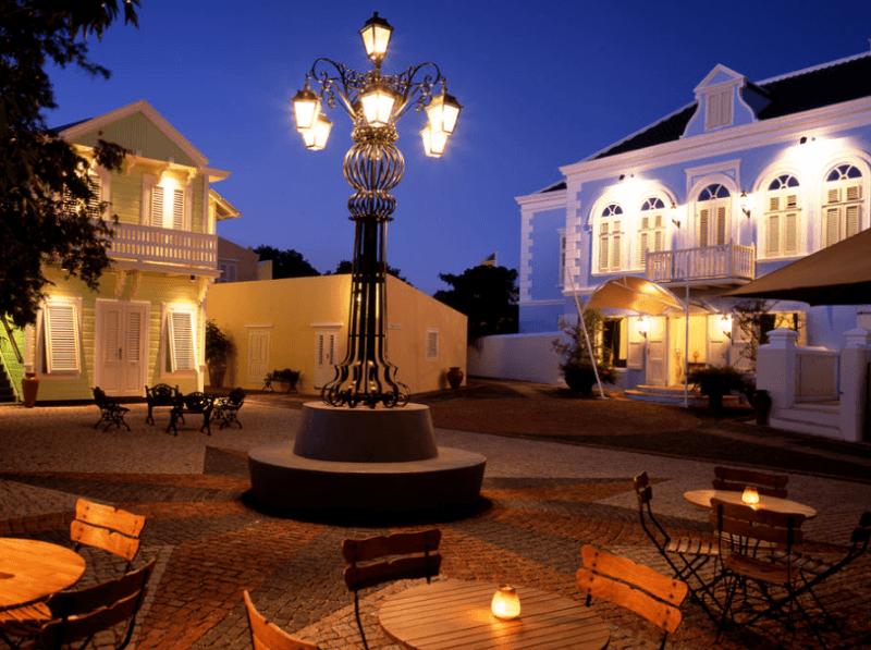 Best Luxury Hotels in Curacao 15