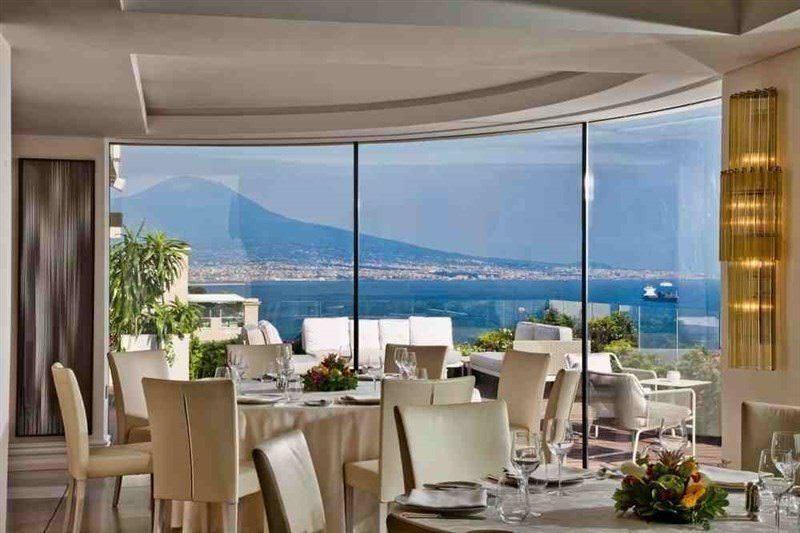 Ultimate List of Best Luxuy Hotels in Italy 15-Vesuvio