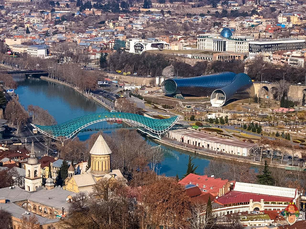 DIY Travel Guide: Tbilisi, Georgia