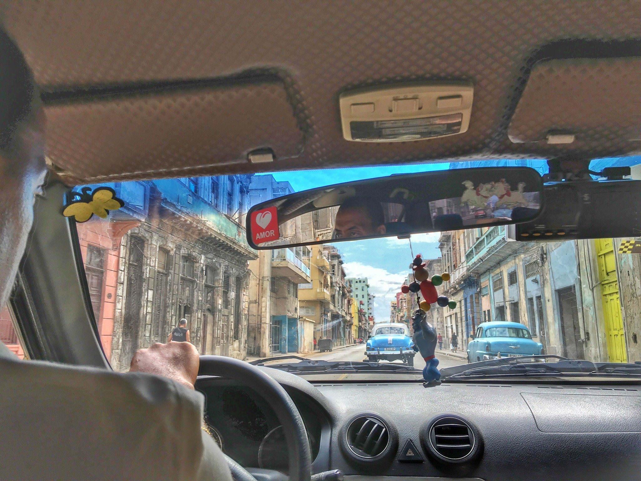 Taxi in Cuba - Cuba Travel Guide