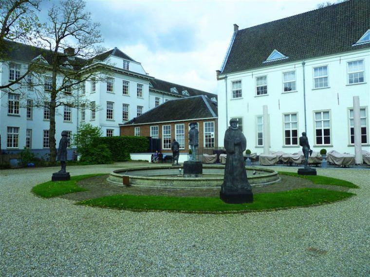Grand Hotel Karel V 2
