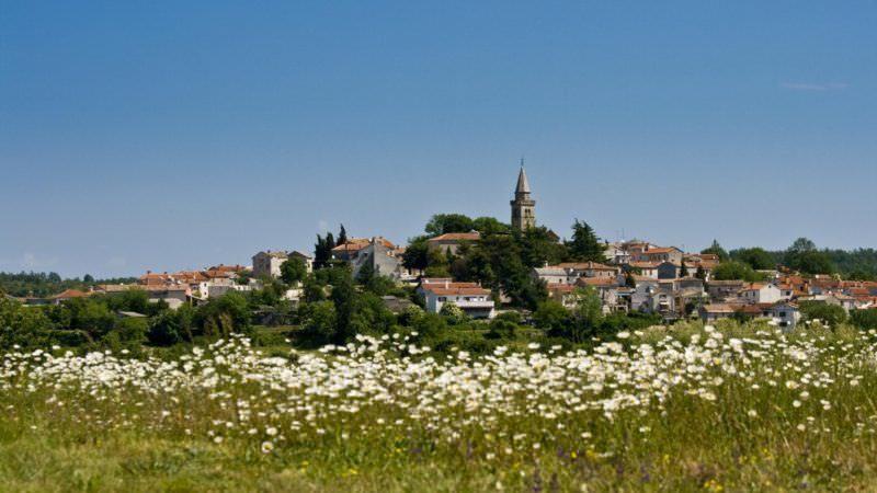 zminj - Two Monkeys Travel - Guide to Istria