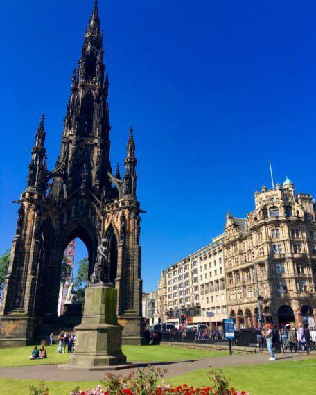 A Day Like a Local in Edinburgh 31