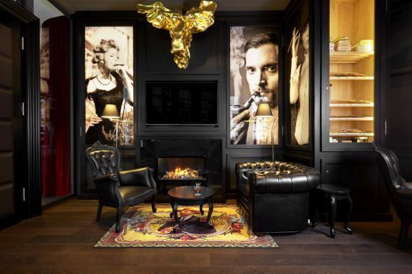 Burlesque Suite of Grand Kameha Zurich - most unique hotel room in Europe