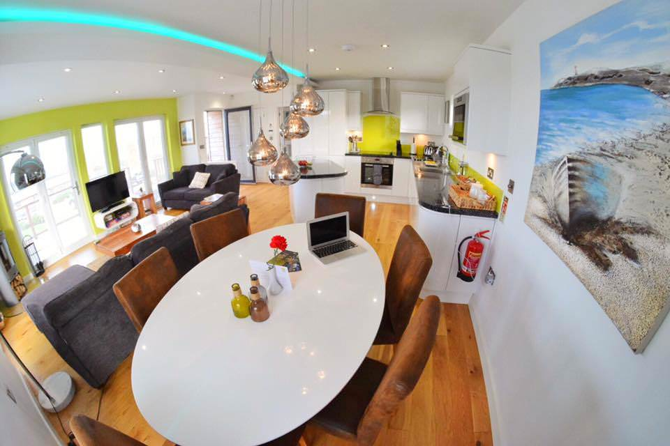 6 Days of Pure Relaxation in Gwel an Mor in Portreath, Cornwall - 5 Reasons Why Its Perfect for Honeymooners