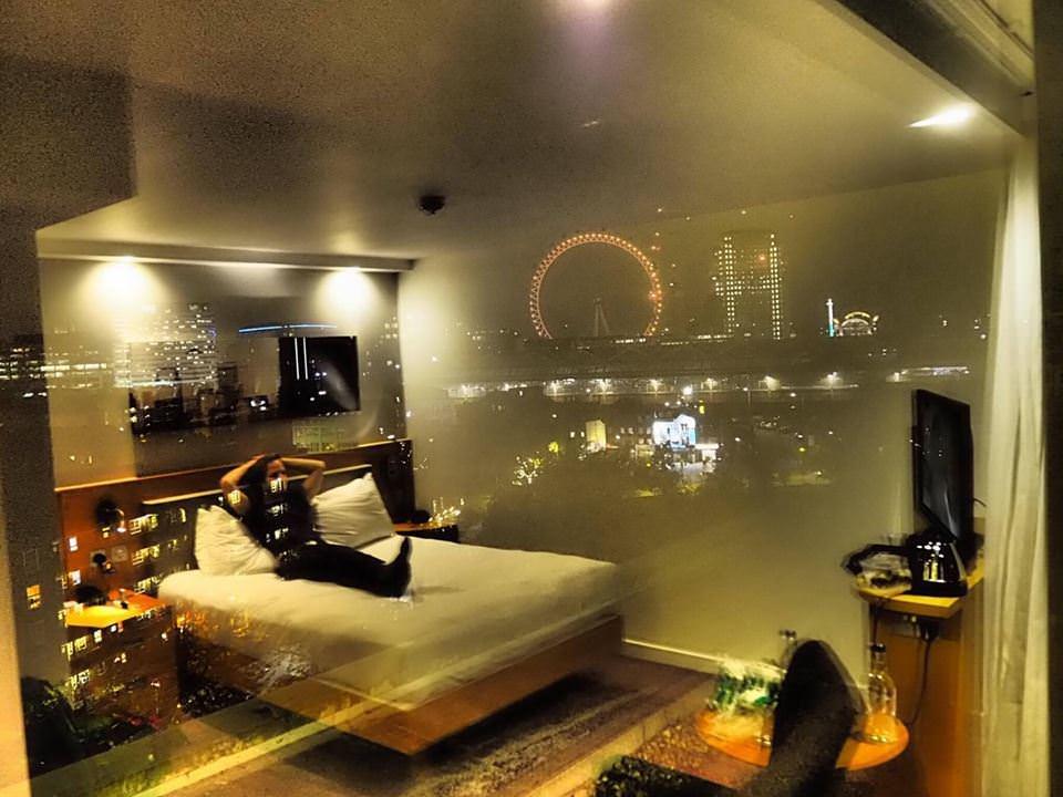 Saying Goodbye to UK in a Romantic Hotel in London - Hampton by Hilton, Waterloo