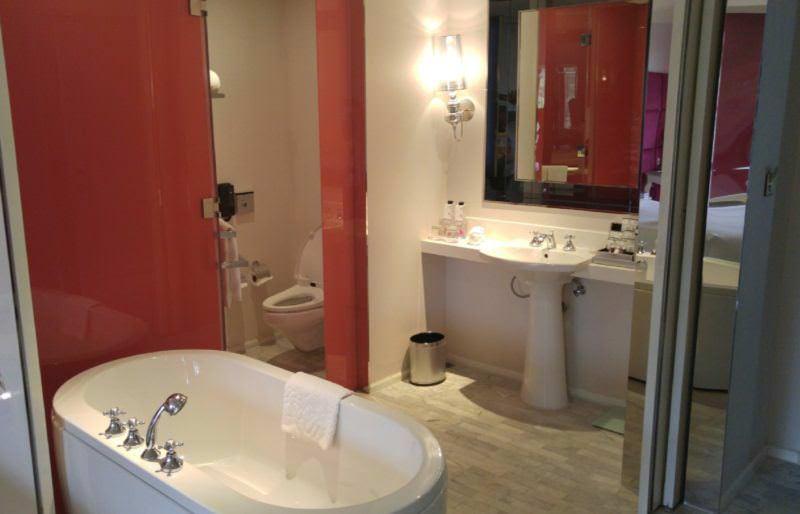 luxury-hotel-review-hua-chang-heritage-hotel-bangkok-thailand-14