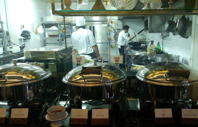 luxury-hotel-review-hua-chang-heritage-hotel-bangkok-thailand-38