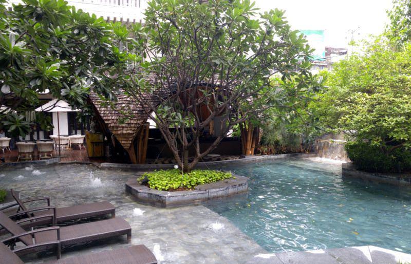 luxury-hotel-review-hua-chang-heritage-hotel-bangkok-thailand-41