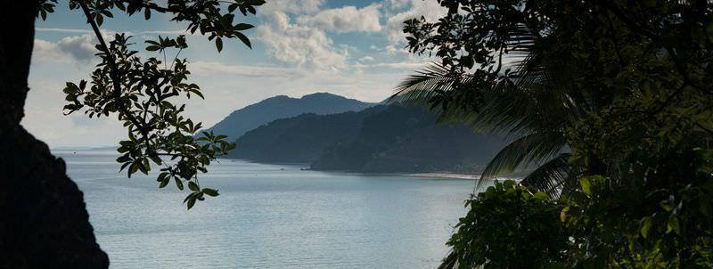 Travel Guide to Abra de Ilog, Occidental Mindoro