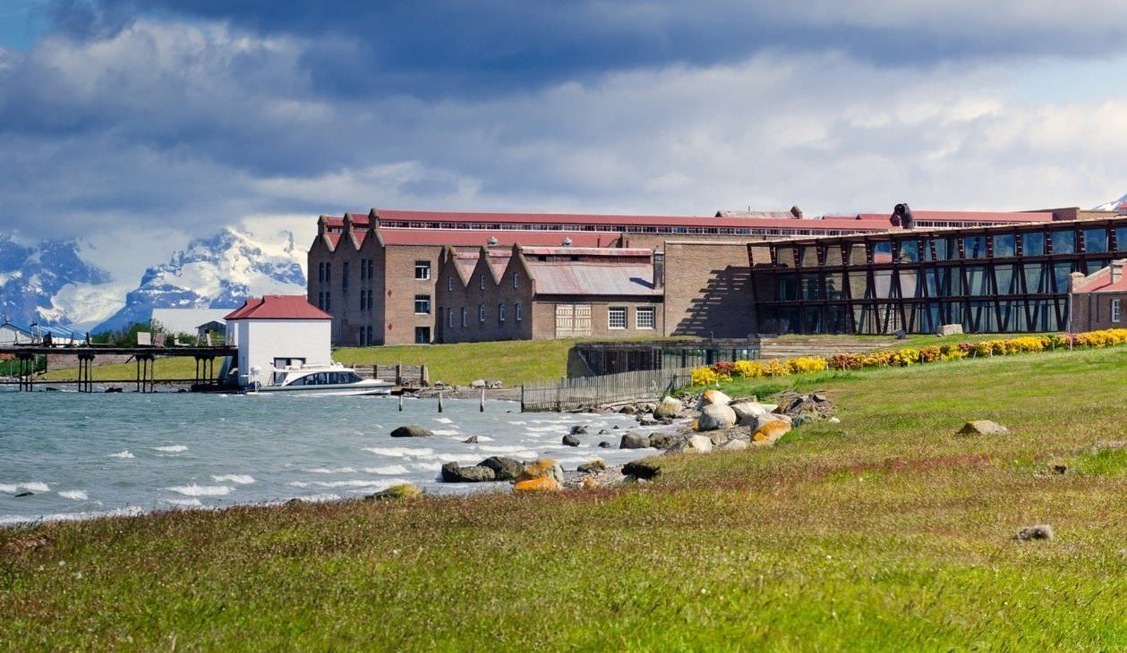 Best List of Hotels in Puerto Natales, Chile - The Singular