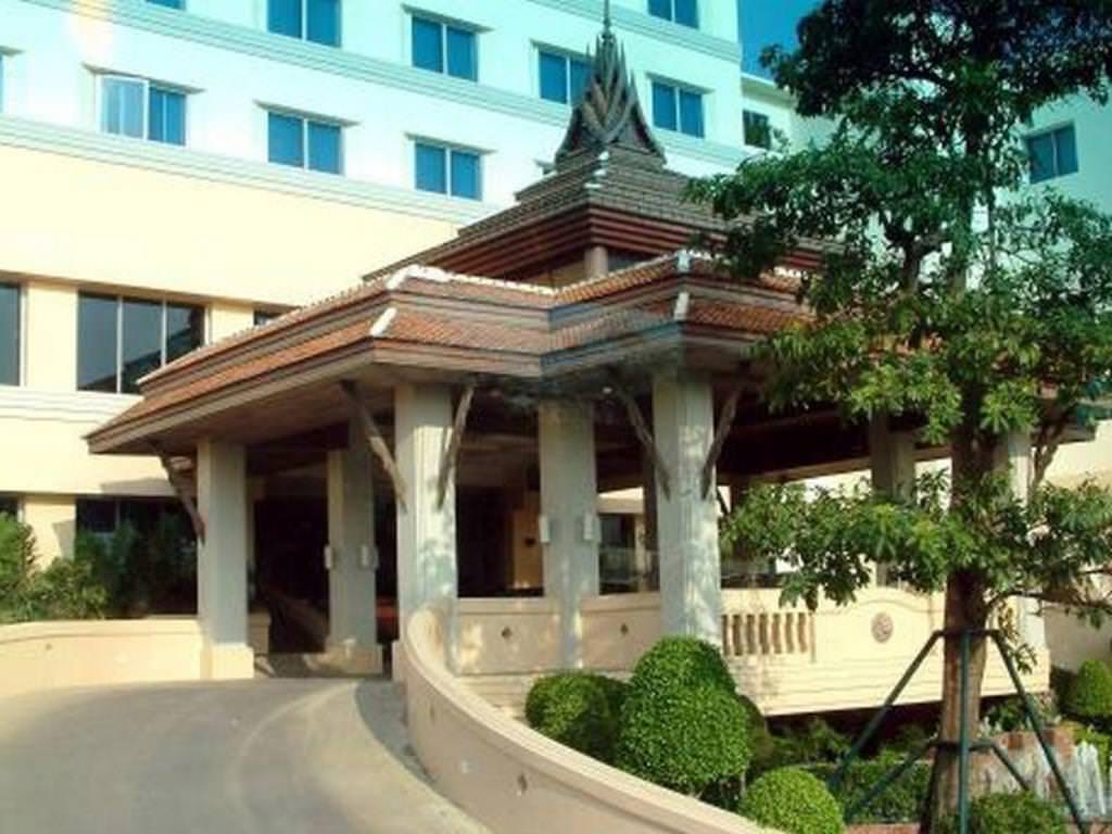 Ultimate List of Best Luxury Hotels in Ayutthaya Krungsri River Hotel