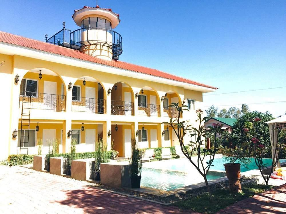 Ultimate List of Best Luxury Hotels in Calatagan Villa Del Faro