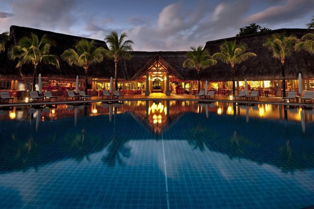 Ultimate List of Best Luxury Hotels in Flic en Flac Sands Suites Resort