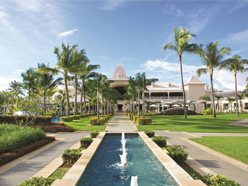Ultimate List of Best Luxury Hotels in Flic en Flac Sugar Beach Golf & Spa