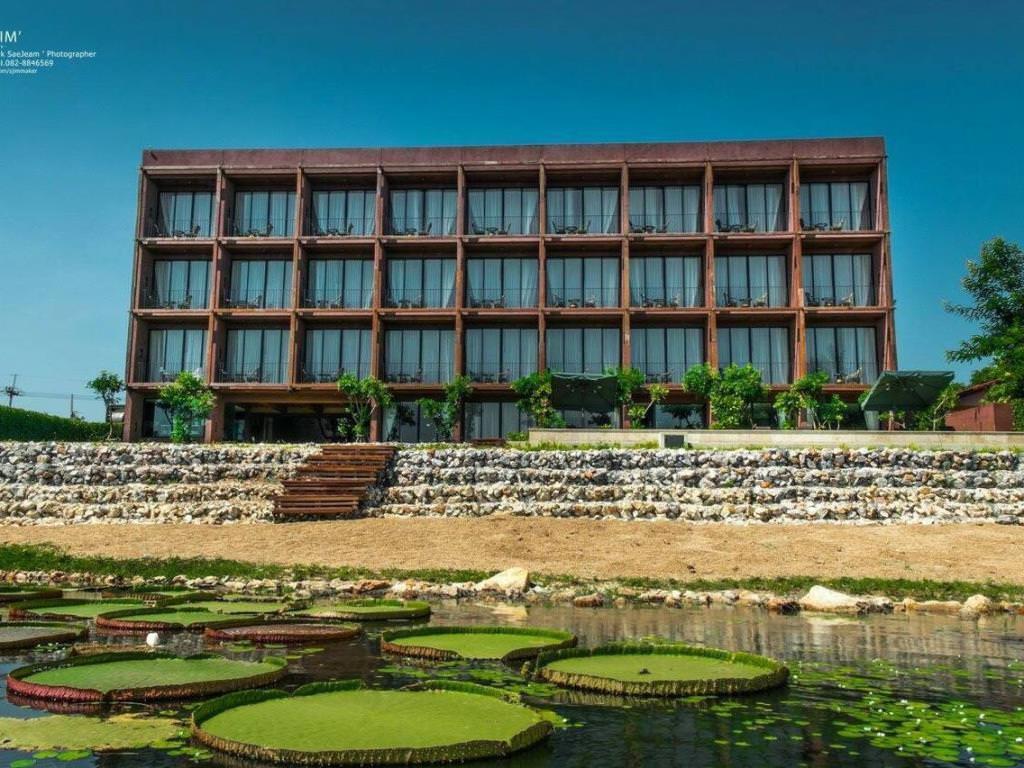 Ultimate List of Best Luxury Hotels in Kanchanaburi Glory River Kwai Hotel