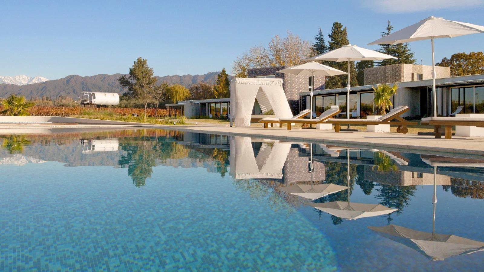 ultimate list of best luxury hotels in argentina mendoza entre cielos