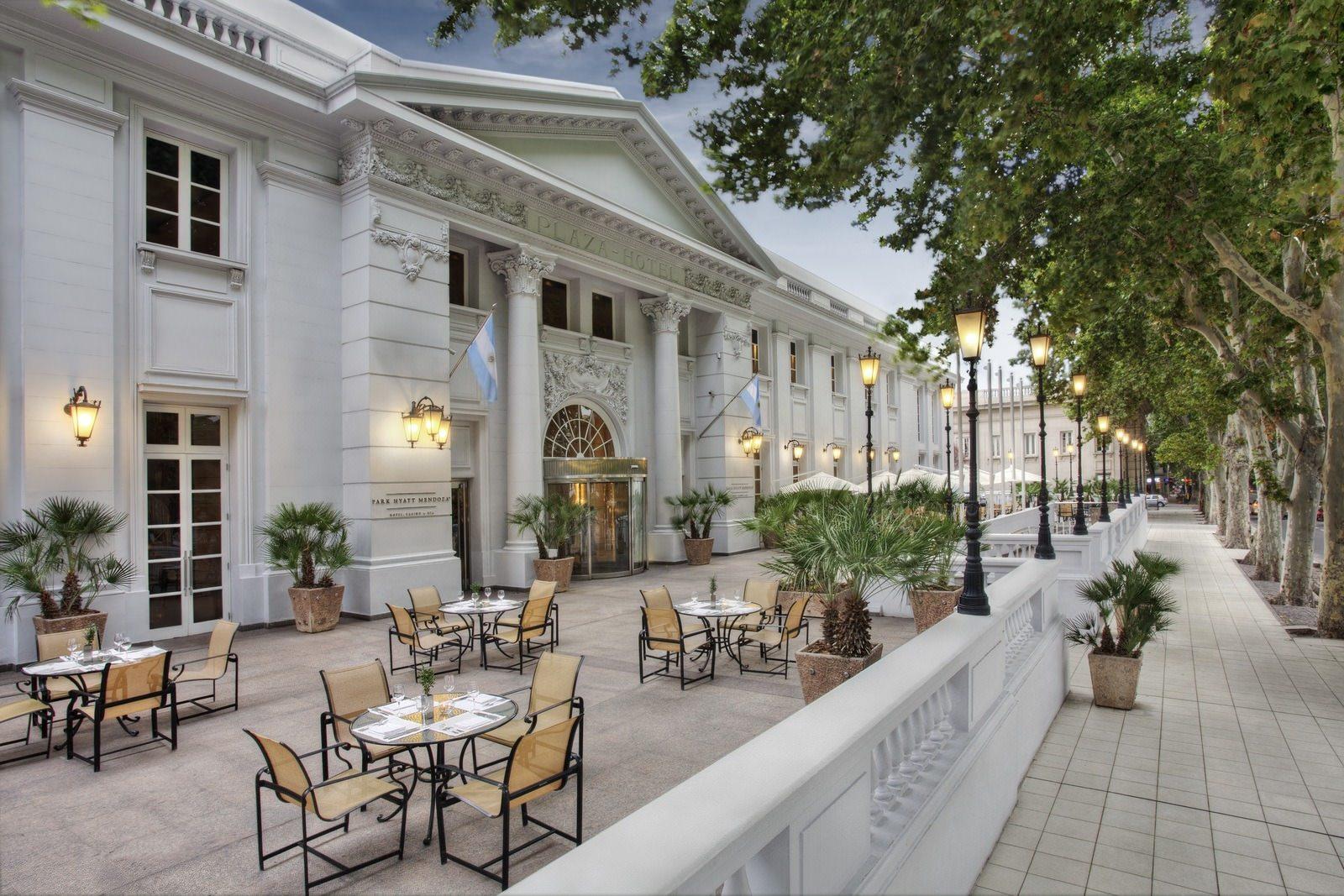 ultimate list of best luxury hotels in argentina Park Hyatt Mendoza Foto fachada