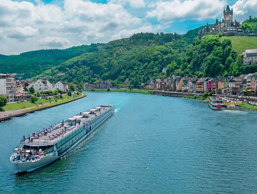 10 Reasons to Take a European River Cruise