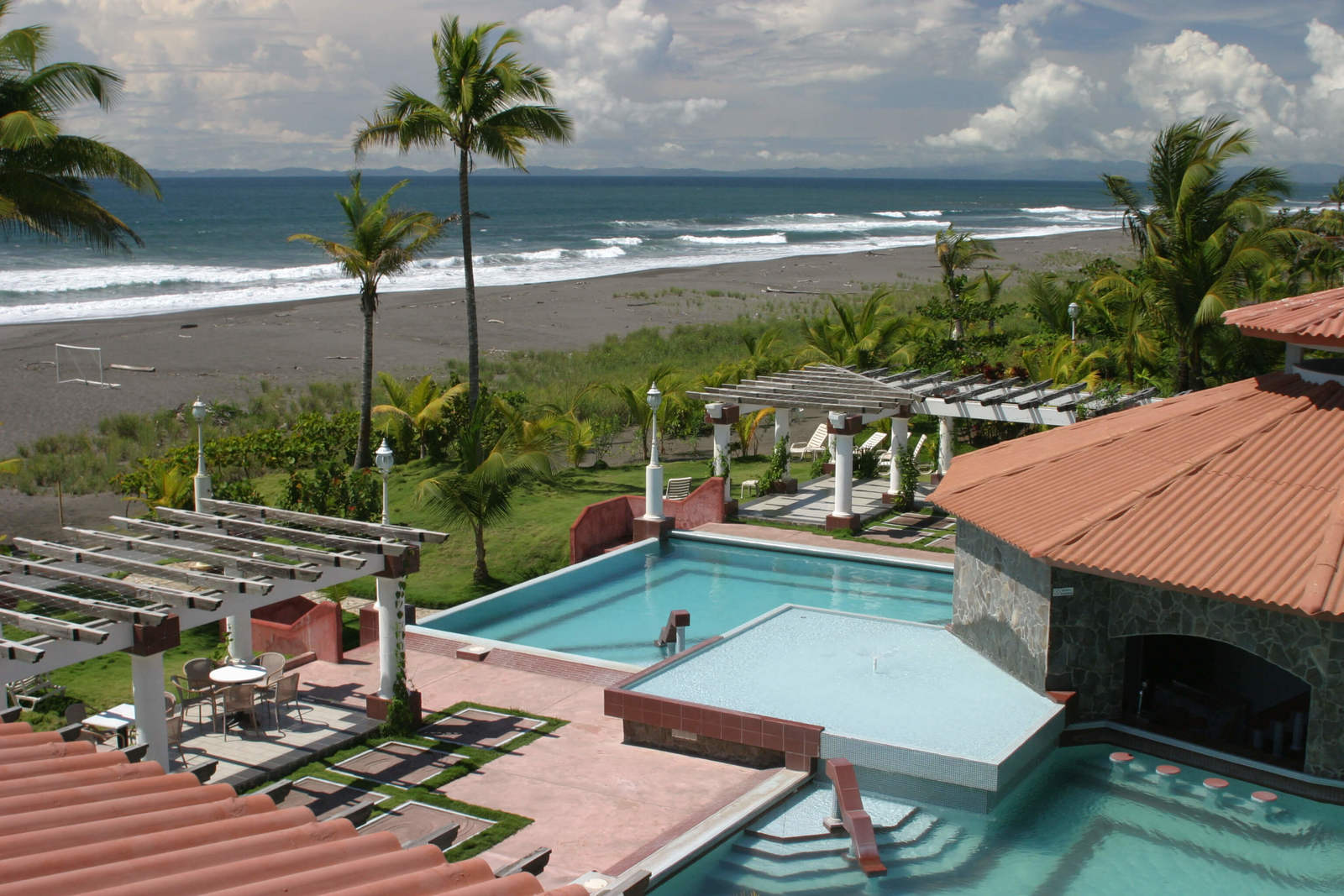 Best List of Luxury Hotels in David, Panama - Las Olas Beach Resort