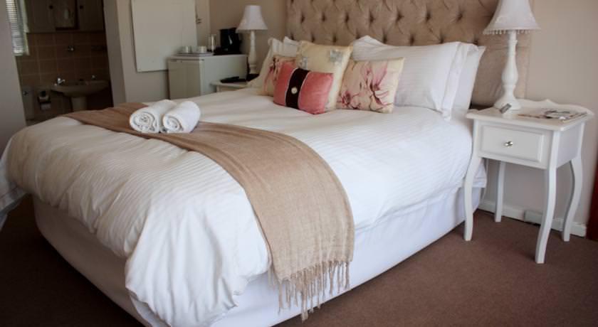 Ultimate List of Best Backpacker Hotels in East London Sunnyridge Lodge