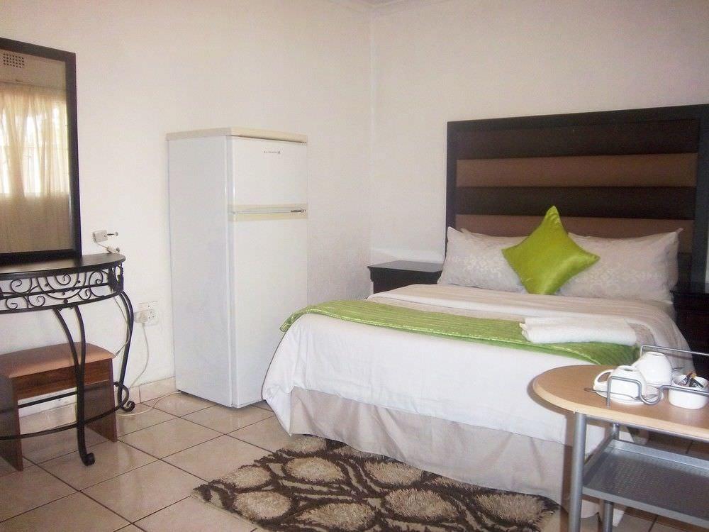 Ultimate List of Best Backpacker Hotels in Johannesburg Franchise Guest House