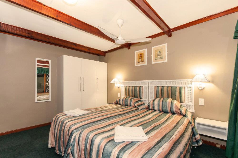 Ultimate List of Best Backpacker Hotels in Port Elizabeth Pine Lodge Resort