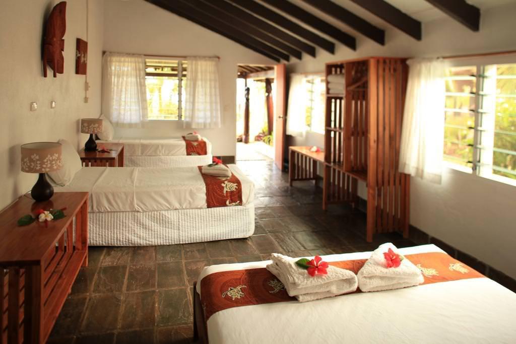 Ultimate List of Best Hotels in Vanuatu Deco Stop Lodge