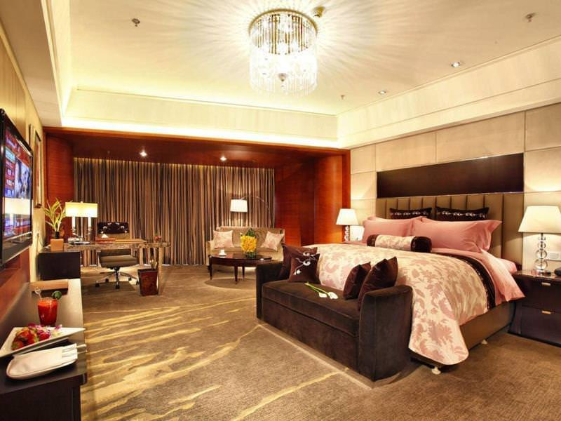 Ultimate List of Best Luxury Hotels in China, Hangzhou, Wyndham Grand Plaza Royale