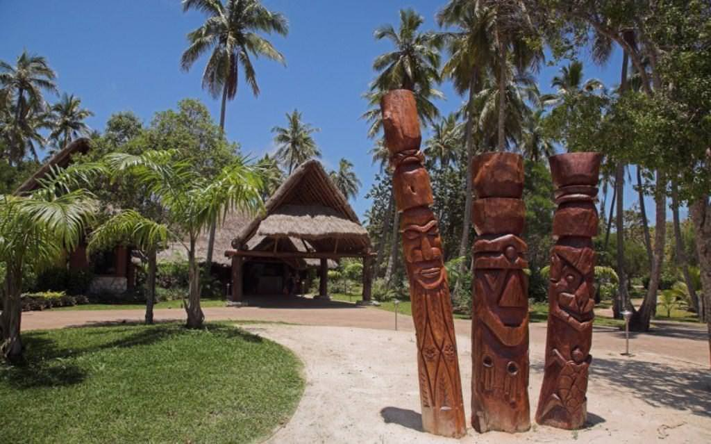 Ultimate List of Best Luxury Hotels in Ile Des Pins, New Caledonia Oure Tera Beach Resort