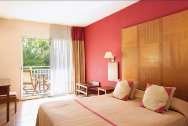 Ultimate List of Best Luxury Hotels in Saint-Gilles-Les-Bains Hotel Le Recif